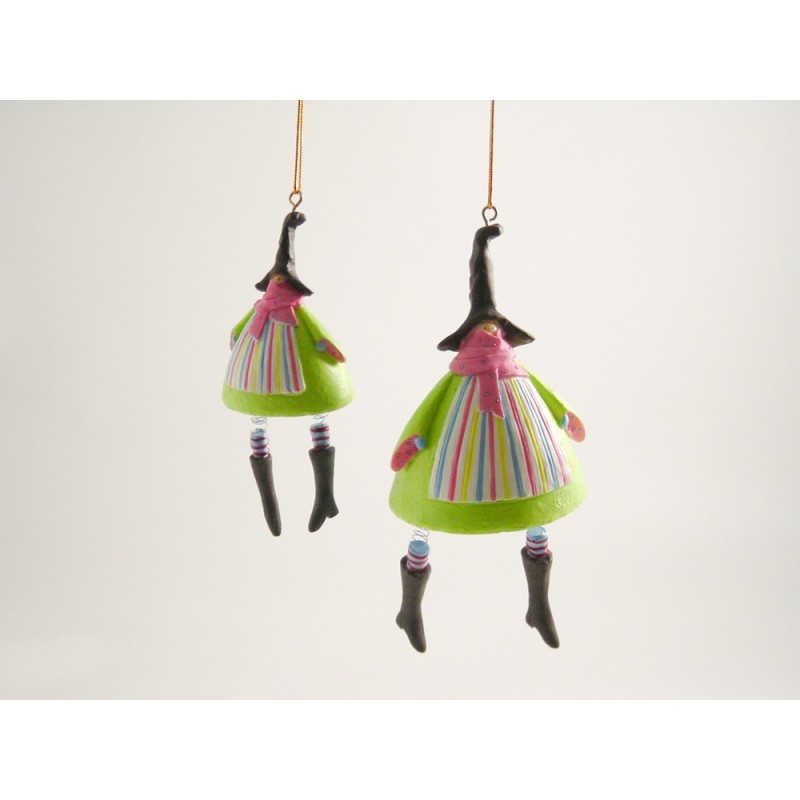 2 st hängande häxor